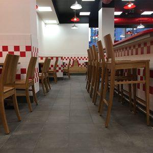 Five-Guys-Restaurant-Zeil-Frankfurt-(9)